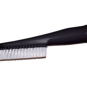Long dusting brush